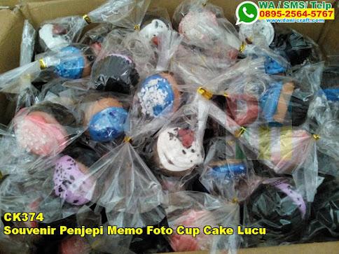 Toko Souvenir Penjepi Memo Foto Cup Cake Lucu