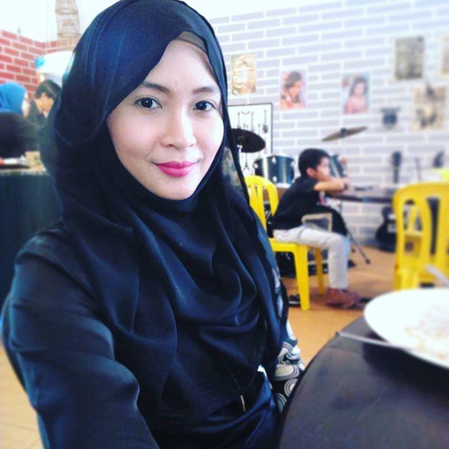 Biodata Siti Nordiana Latar Belakang Beliau