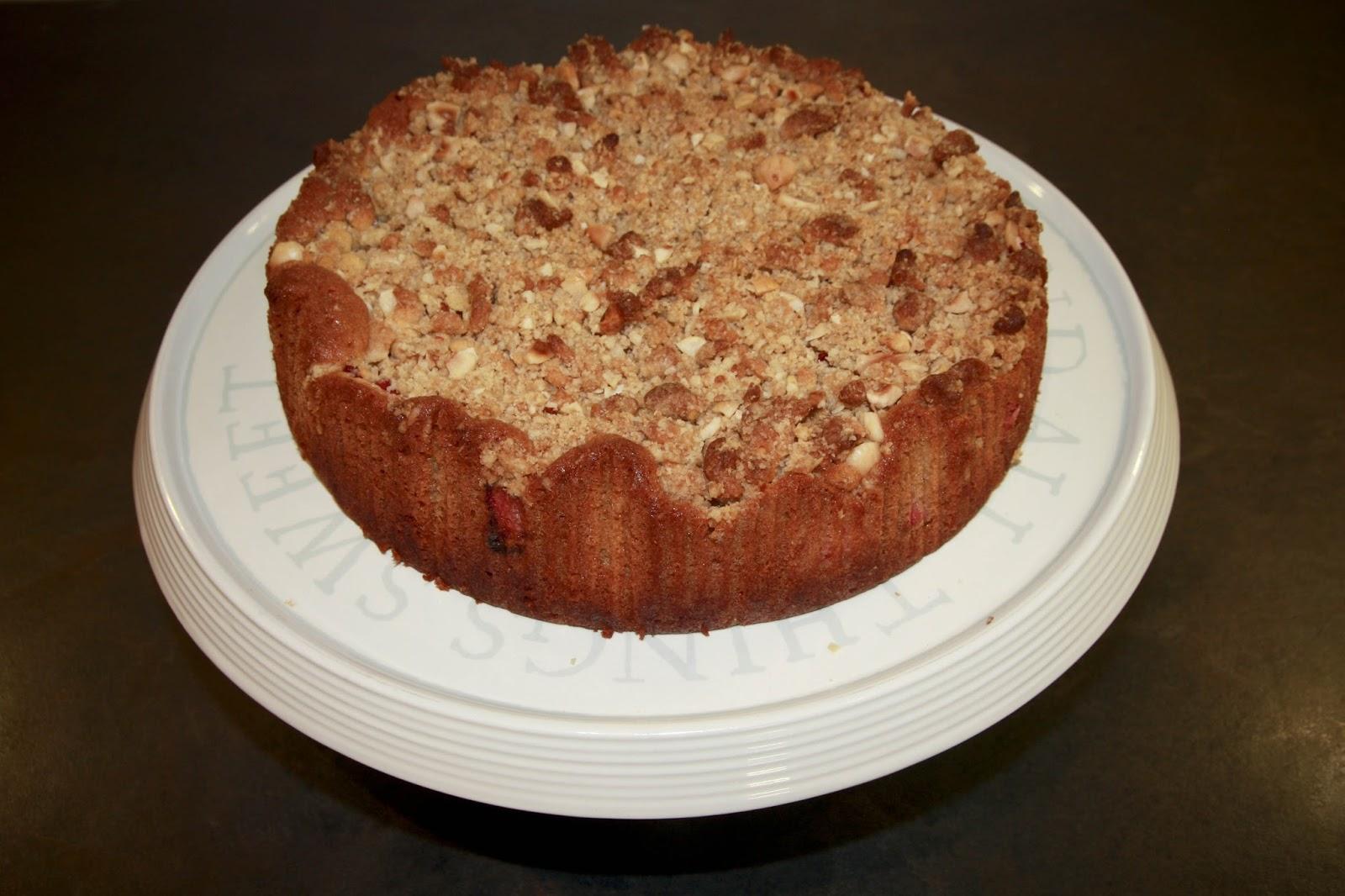 The Cake Trail: Rhubarb and marzipan crumble cake