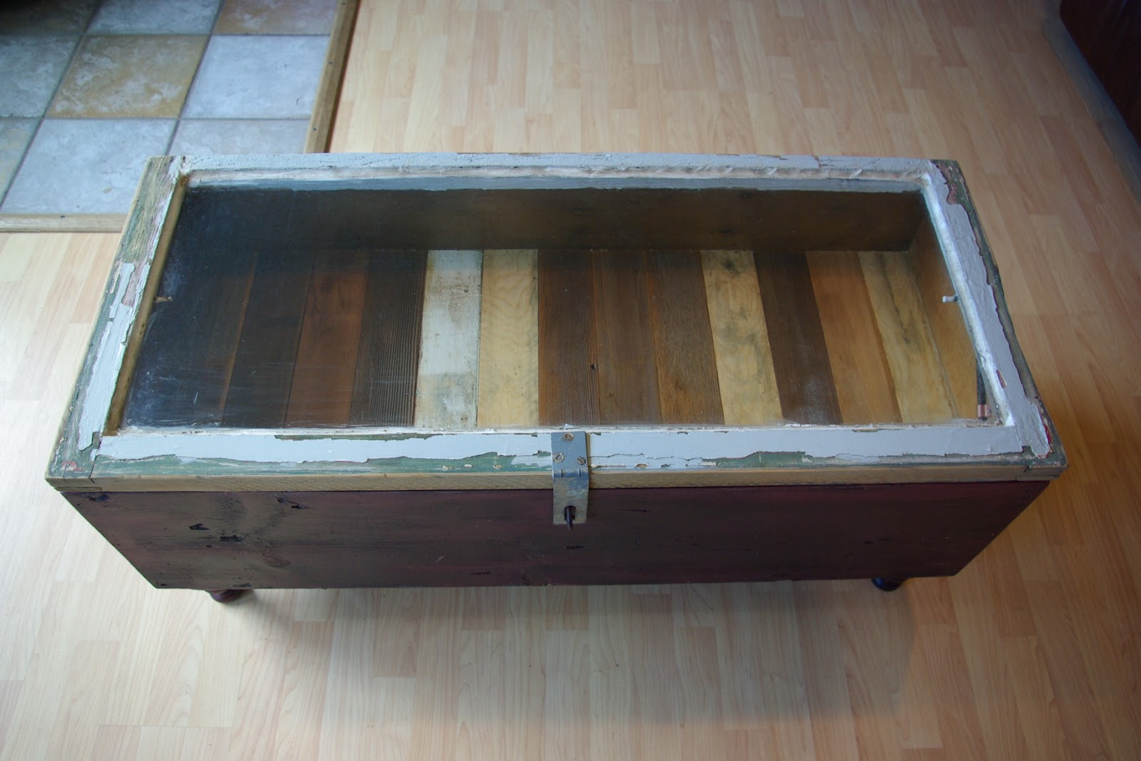 Reclaimed Rustics: Vintage Window Coffee Table