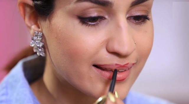 Beauty Tips on How to Apply Lipstick