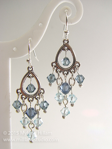 Swarovski crystals make these simple chandelier earrings really sparkle.