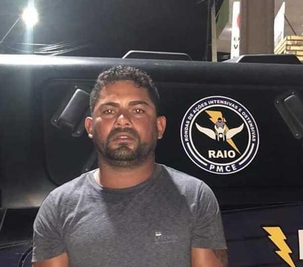 Homem é preso em Aracati com porções de maconha e dinheiro