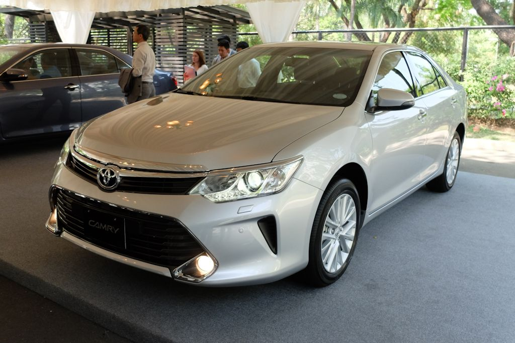 all new toyota camry philippines grand avanza vs xenia 2015 aims to set benchmark once more w brochure in the just received a bolder and sportier makeover as it faces stiff competition segment this year boasts of