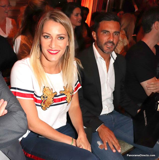 Fabián Cubero y Mica Viciconte juntos en el desfile de Carmen Steffens en Argentina Fashion Week