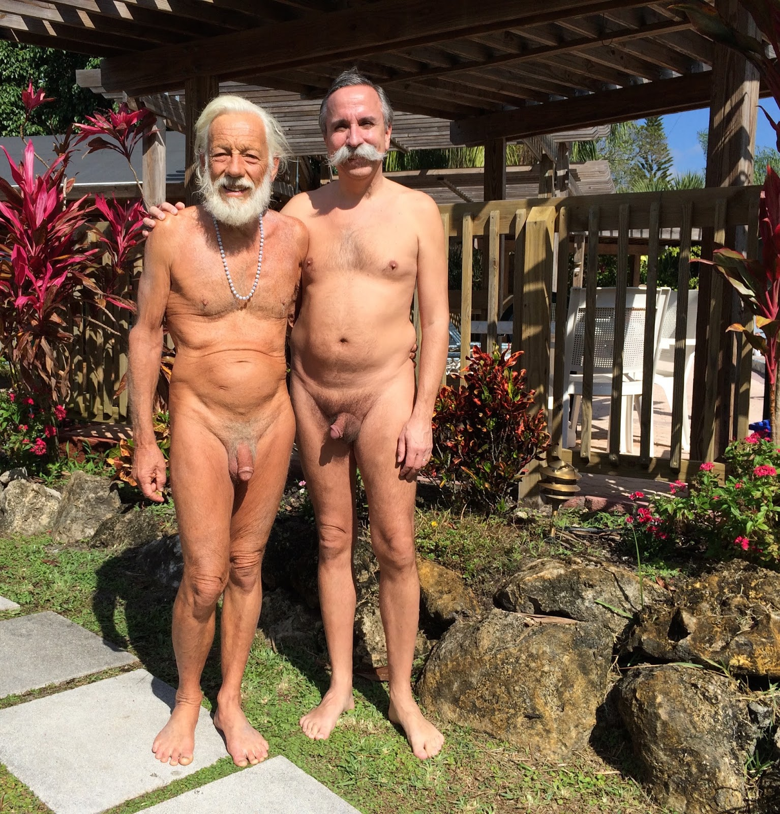 Naturist Pictures Nudist Community Photos