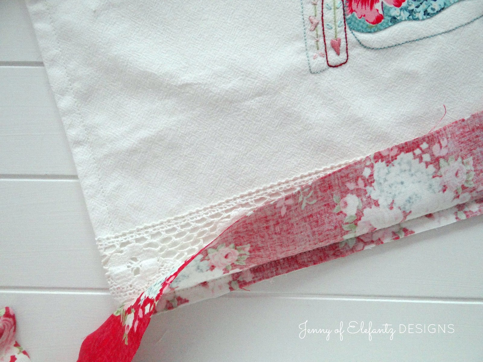 Jenny of ELEFANTZ: The V pincushion and a shabby chic style hand