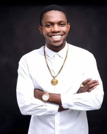 BREAKING: Davido's Friend DJ Olu Was Found Dead In His Car Today (Davido Reacts) mp3made.com.ng
