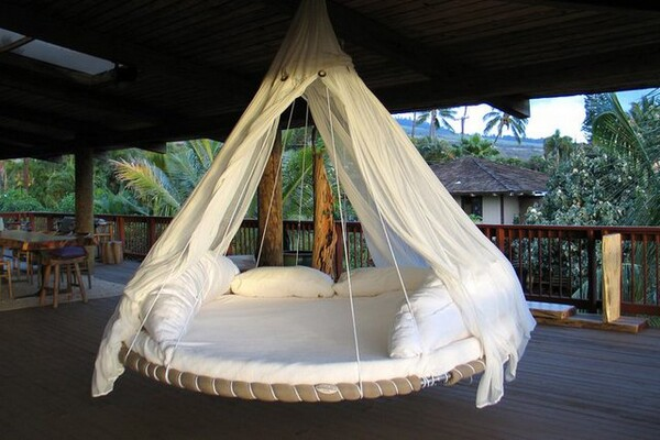 indoor outdoor floating beds