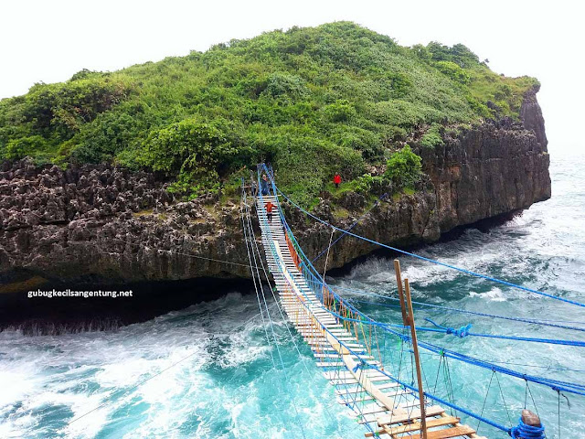 Pulau Kalong Gunungkidul Jogja