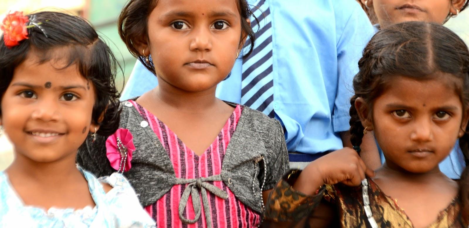 Niños en los alrededores de Hampi