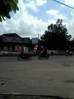 Penjual Bendera Mulai Menjamur