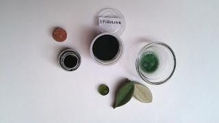 Jabón-natual-con-colorante-alga-espirulina-Chaladura-de-jabones