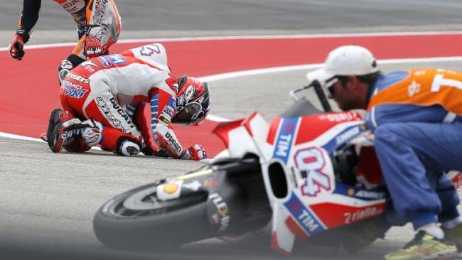 Dovizioso Crash Sisa 2 Lap Pertarungan, Marquez Kini Juara Dunia MotoGP 2018
