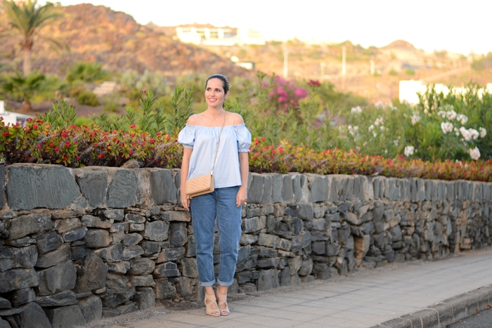 h&m-top-mom-jeans-outfit-street-style