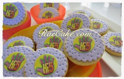 Hi5 And Hello Kitty Cookies Kue Ulang Tahun Birthday