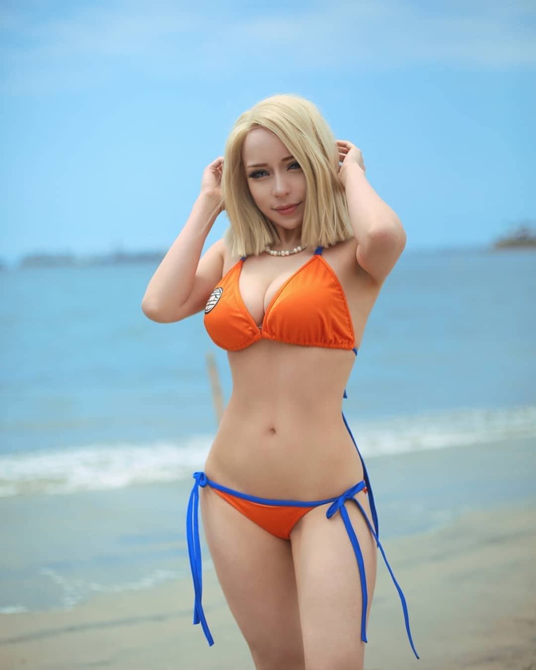 roxy wong sexy android 18 bikini cosplay 02
