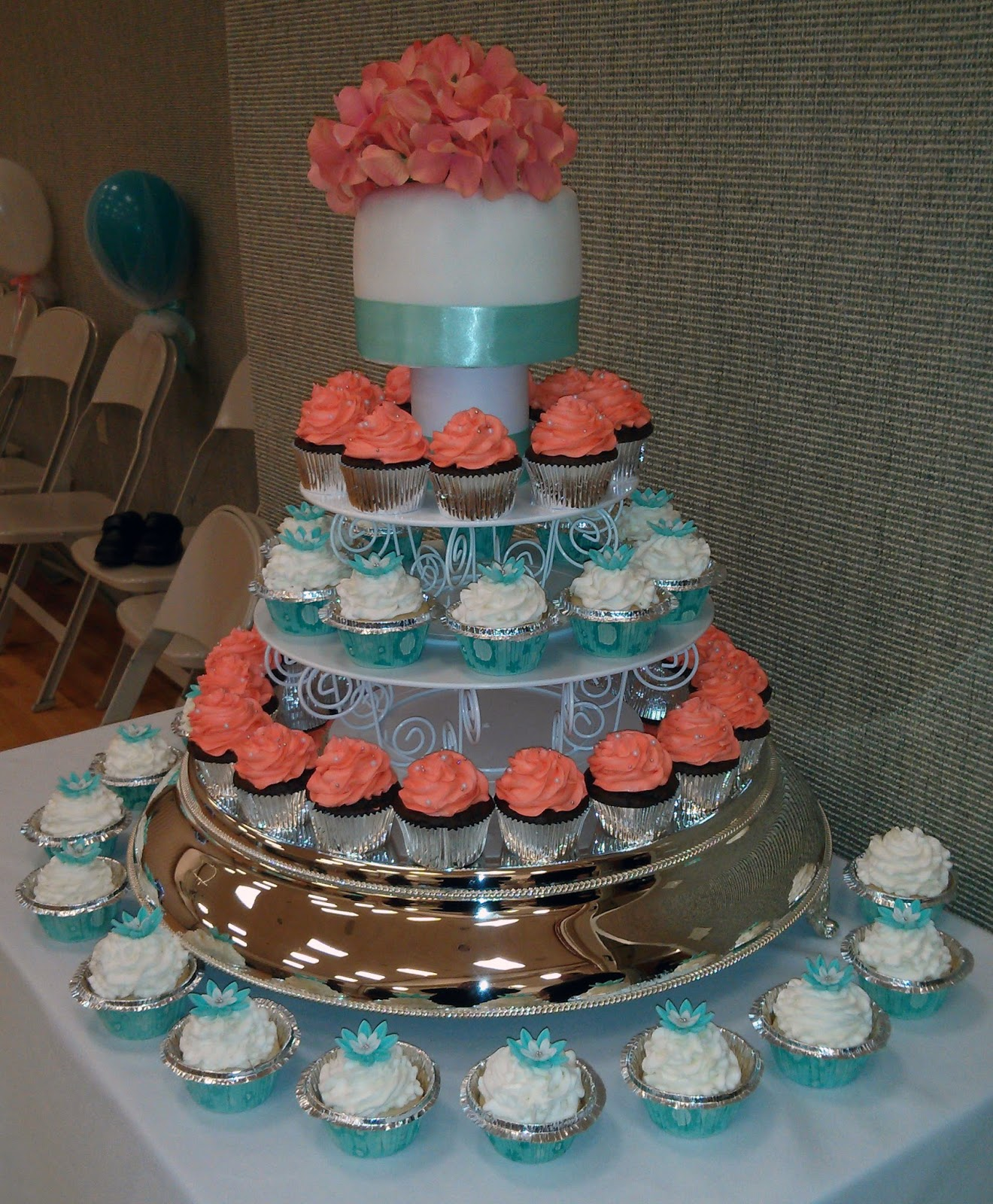 Crazy About Cakes  Jodi s Cupcake Wedding Cake But      I had a friend get married yesterday  When I heard that she wanted  a  cupcake  cake  I was totally on board  I REALLY LIKE MAKING CUPCAKES