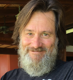 Jim Carrey posts Easter selfie -- and he looks way different!