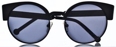 6ea8450951284 Este ano também foi marcado pelas primeiras criações em conjunto com  grandes estilistas ou marcas  G por Gloria Coelho