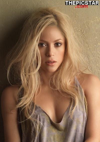 صور، إغراء، المغنية، شاكيرا، Shakira، ساخنة، عارية، مثيرة، أرداف، أقدام، سيقان، صدر