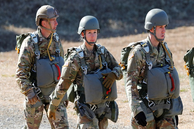 Heboh, Ratusan Foto Telanjang Tentara Wanita AS Beredar Secara Online