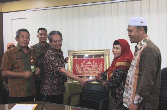 DPRD Lambar Upayakan Peningkatan Pembangunan Melalaui Studi Banding.