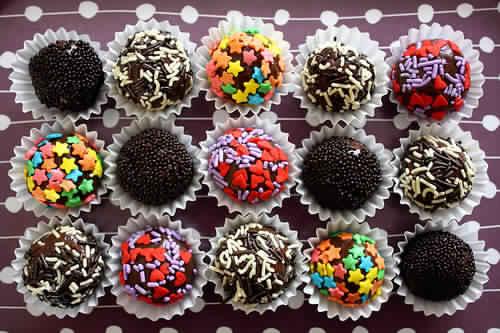 حلوى بالشوكولاته
