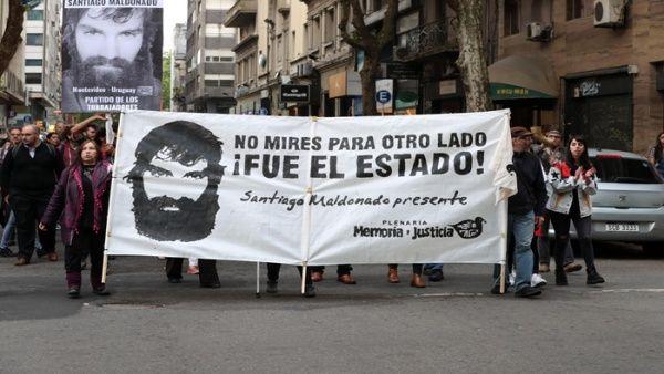 Familia de Santiago Maldonado rechaza versiones del Gobierno argentino sobre el caso