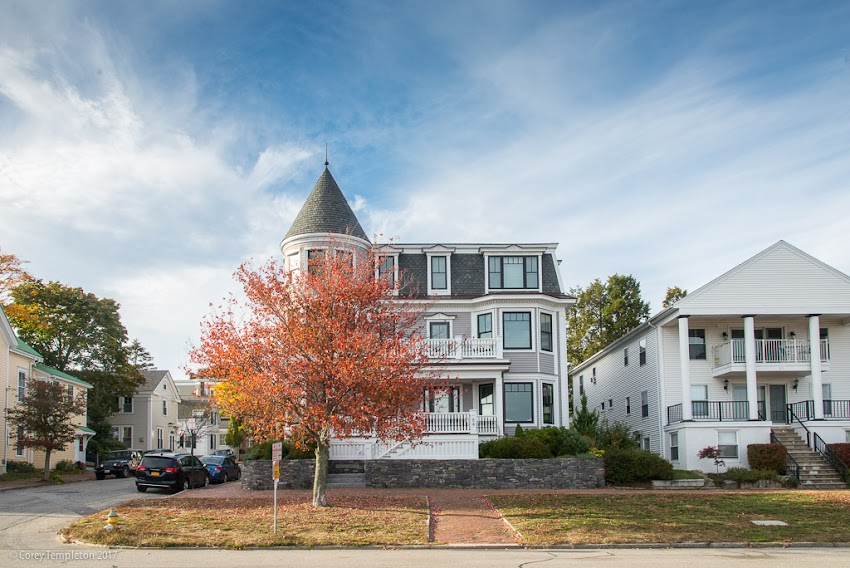 Portland, Maine USA October 2017 photo by Corey Templeton. A view from the corner of Vesper Street and the Eastern Promenade, on Munjoy Hill.