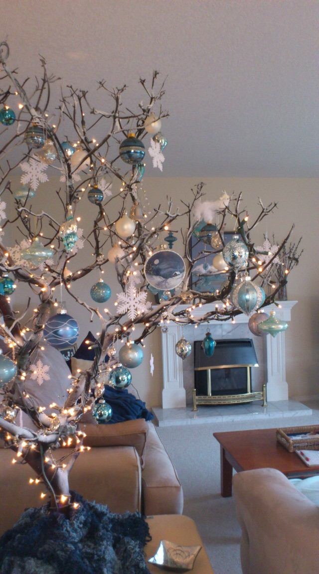 10 Árvores de natal feitas com galho seco para copiar