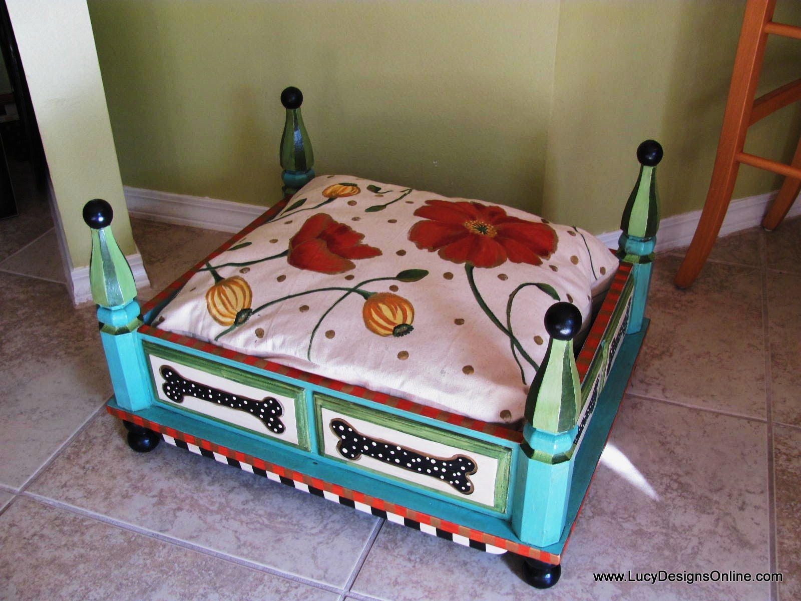 Relatively Hand Painted Turquoise Dog Bed from an End Table with Floral and  ET55