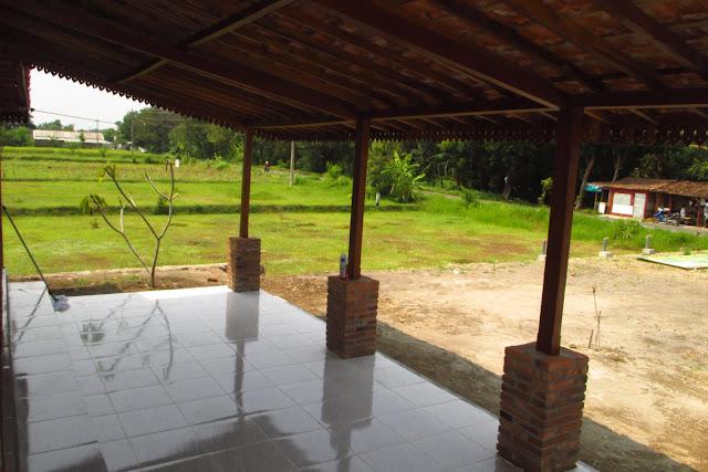 rumah kayu