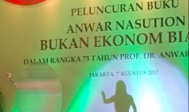 Astaghfirullah, Peluncuran Buku Dihadiri Wapres dan Pejabat Disuguhi Penari Perut