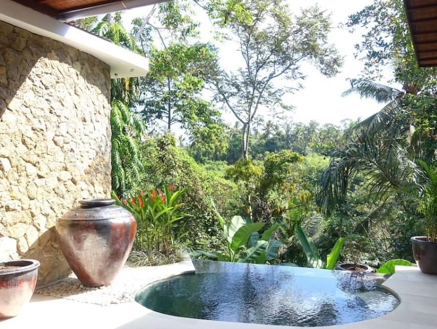airbnb villa for honeymoon in bali