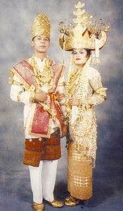 Provinsi Lampung - Pakaian Adat Tradisional Tulang Bawang
