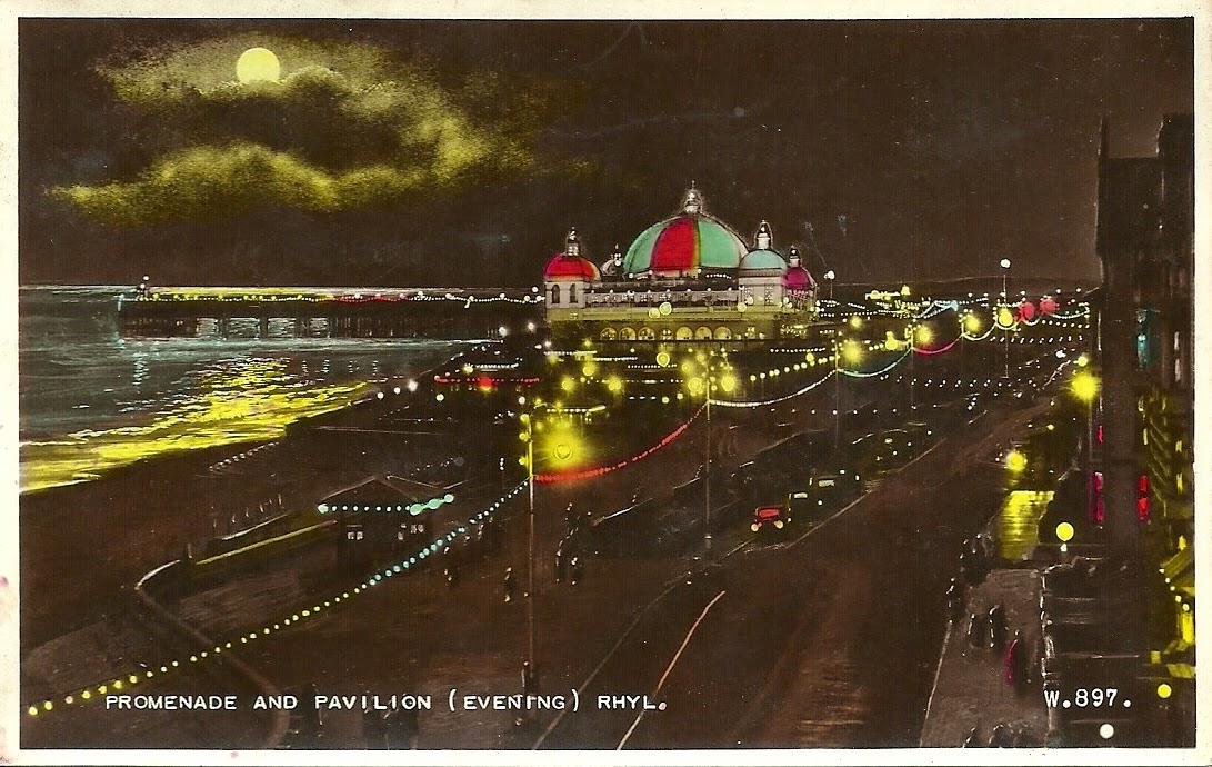 Promenade Illuminations, Pavilion