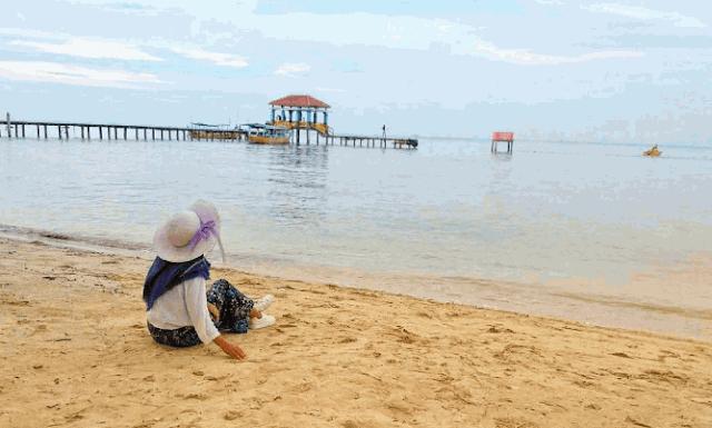 pantai bandengan jepara,wisata jepara,pantai bandengan