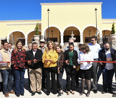 Inaugura Gobernadora Centro de Convenciones de Álamos