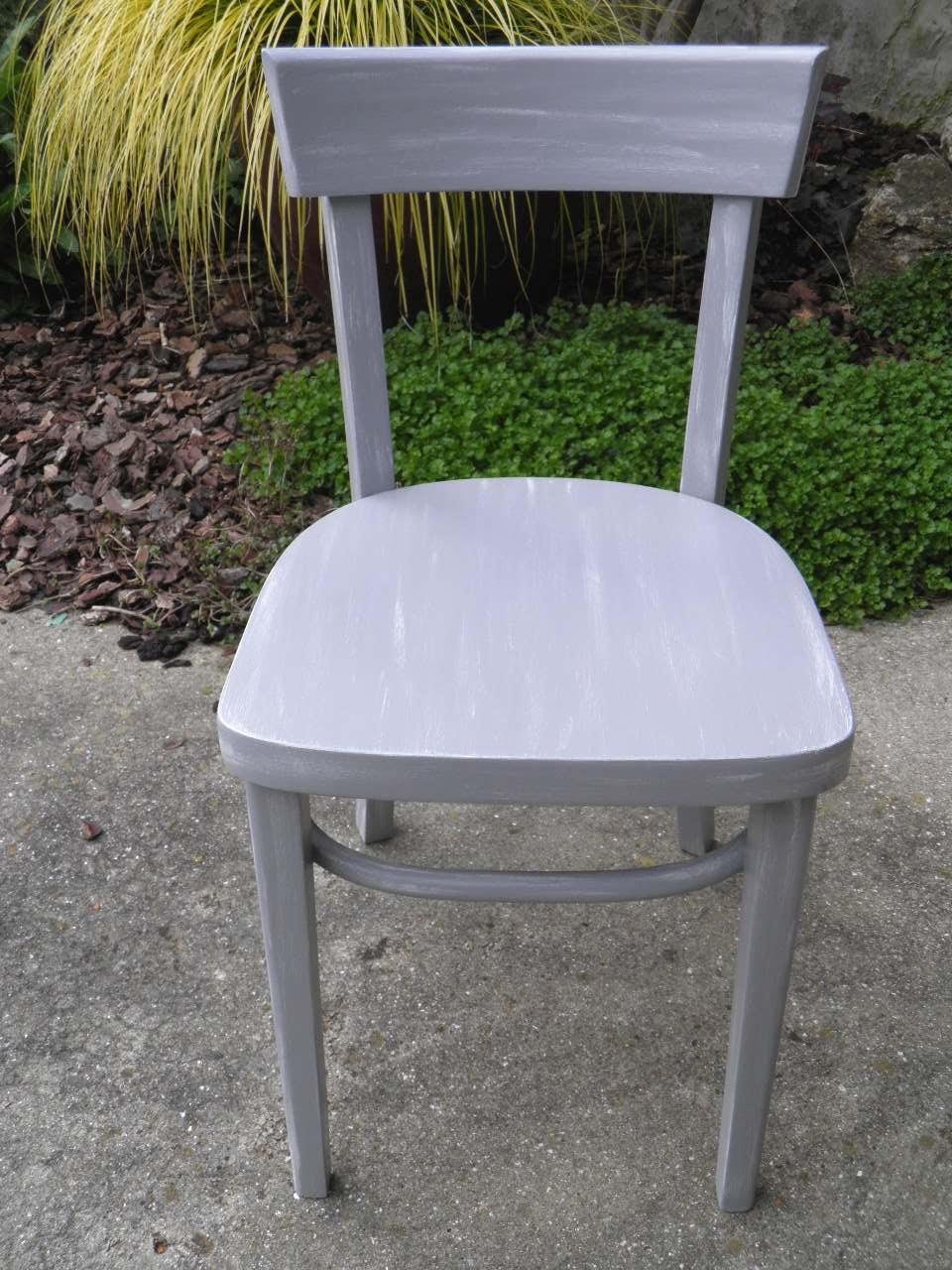Le temps d 39 une patine relooking d 39 une chaise patine for Chaise blanche et grise