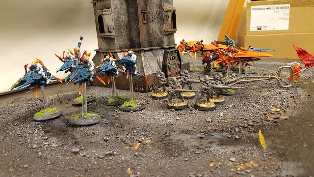 aeldar orange eldar saim-hann saim hann wold rider craftworld jetbike army rangers shining spears warp spider conversions