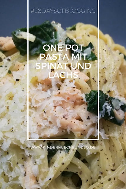 One Pot Pasta mit Lachs und Spinat