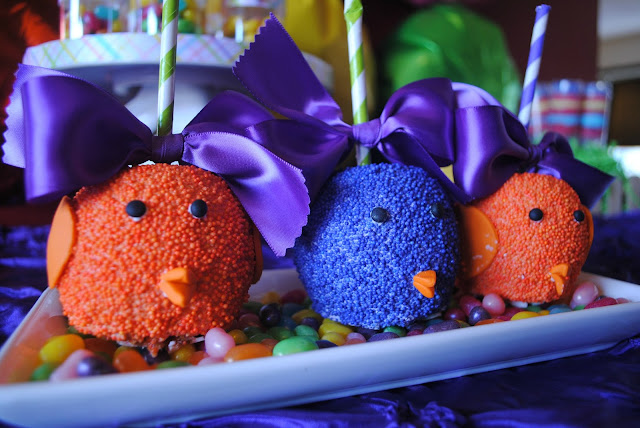 Roni Sugar Creations candy chick apples at Fizzy Party's Easter part