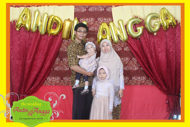 +0856-4020-3369 ; Jasa Photobooth Semarang ~Wedding Andin & Angga~