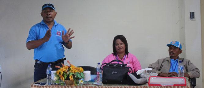 Pemerintah Kabupaten Maluku Tenggara Barat, dinilai keliru atau salah kaprah dengan program Bantuan Langsung Tunai (BLT) yang akan dikucurkan Yayasan Anak Bangsa (YAB) pada dua desa yakni Atubul Dad an Atubul Ddol.