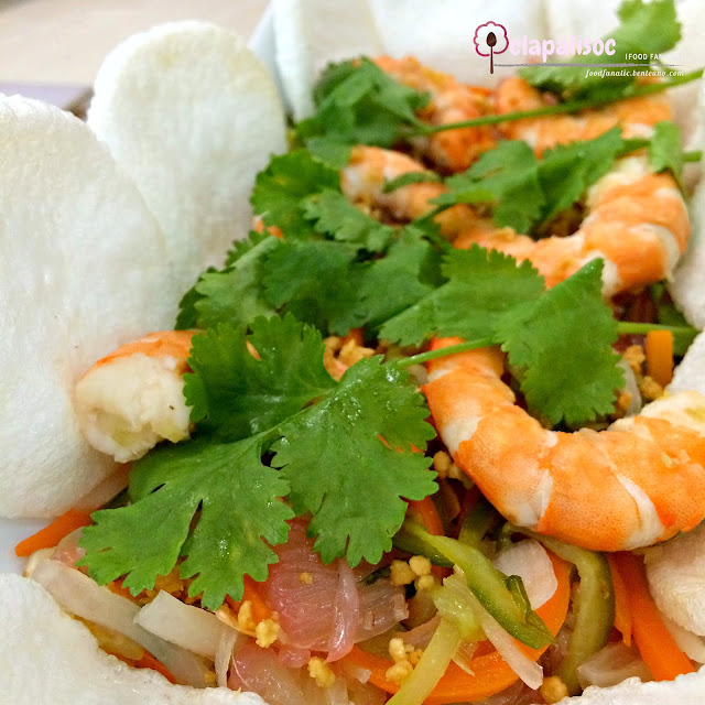 Prawn Pomelo Salad from Tra Vinh