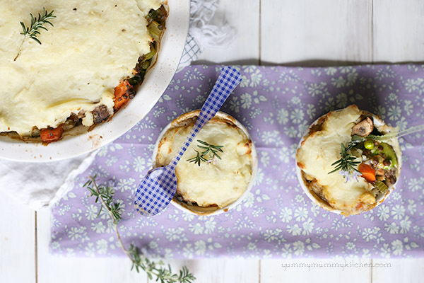 Vegan Shepherd's Pie made with lentils and vegetables and served in individual dishes.