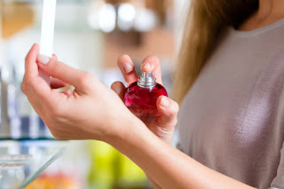 tips agar aroma parfum lebih tahan lama