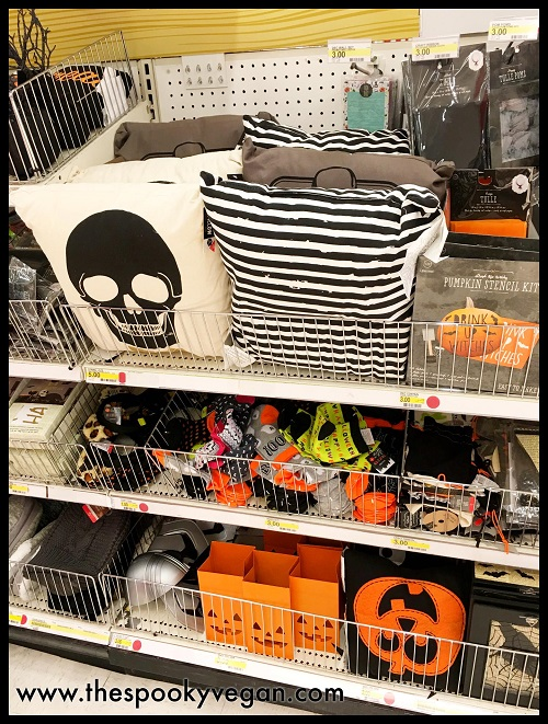 dollar spot stuff prices range from 1 5 - Halloween Target