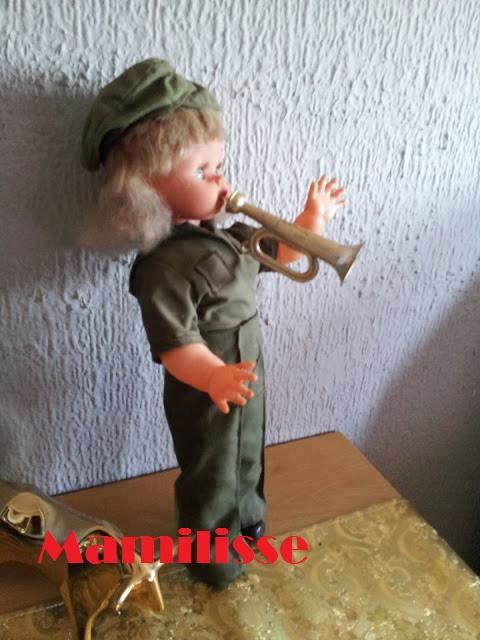Muñeca Wendoline de lado